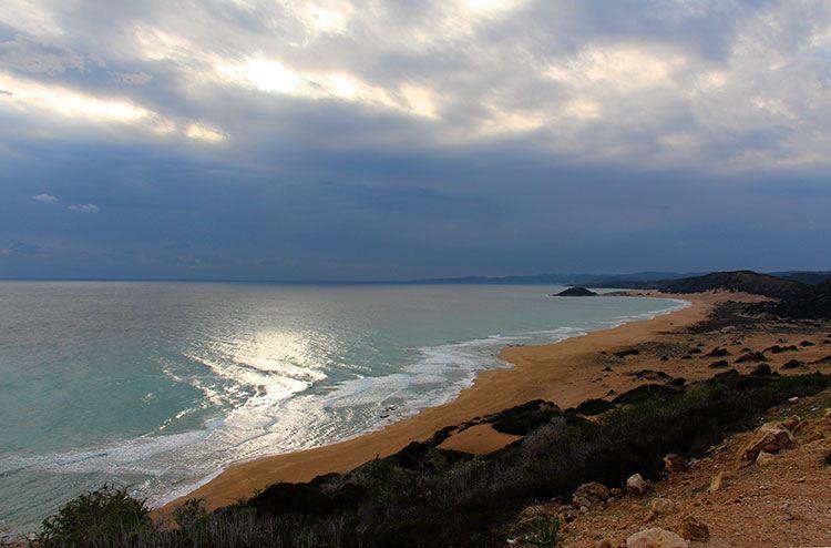 Смотровая площадка на Золотой пляж