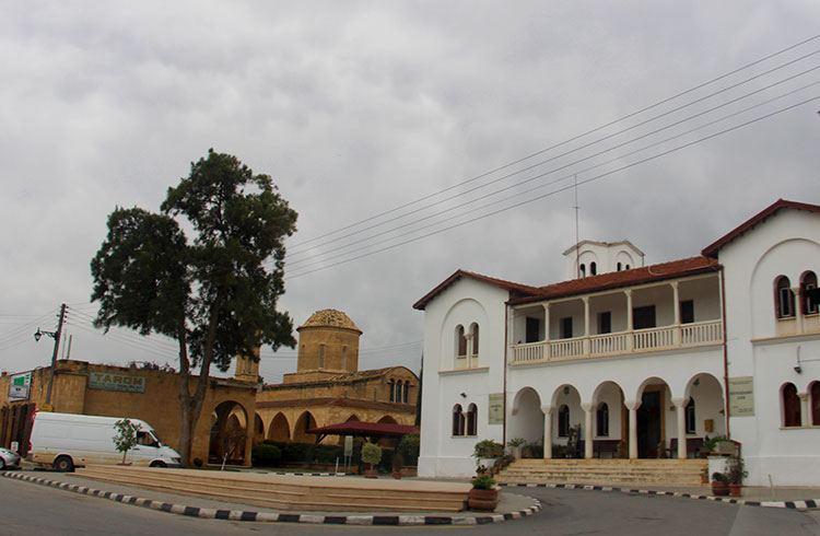 Монастырь Святого Мамаса и музей икон
