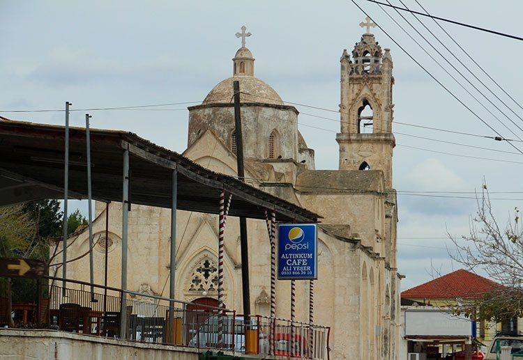 Церковь Св. Синенсиса
