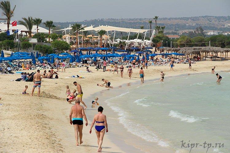Кипр. Море для детей