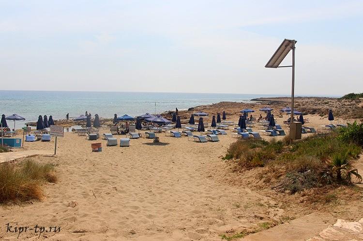 Пляж Аммос ту Камбури (Ammos tou Kambouri Beach)