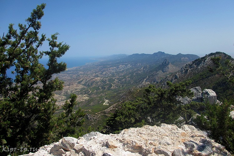 Море и горы Северного Кипра
